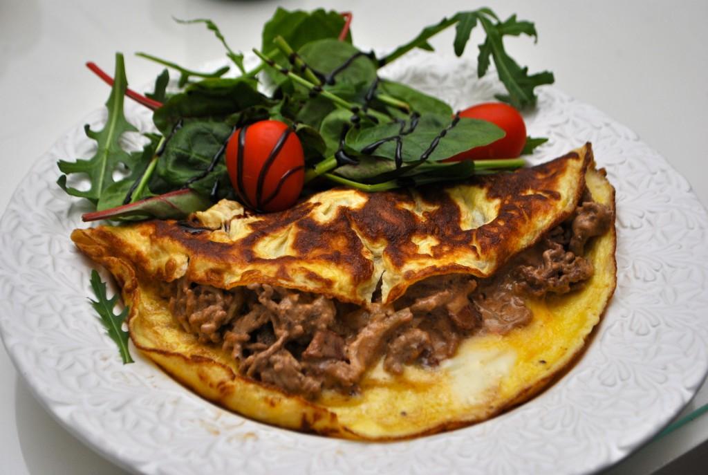 Köttfärsfylld omelett