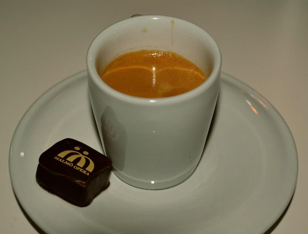 Dubbel espresso och tryffel