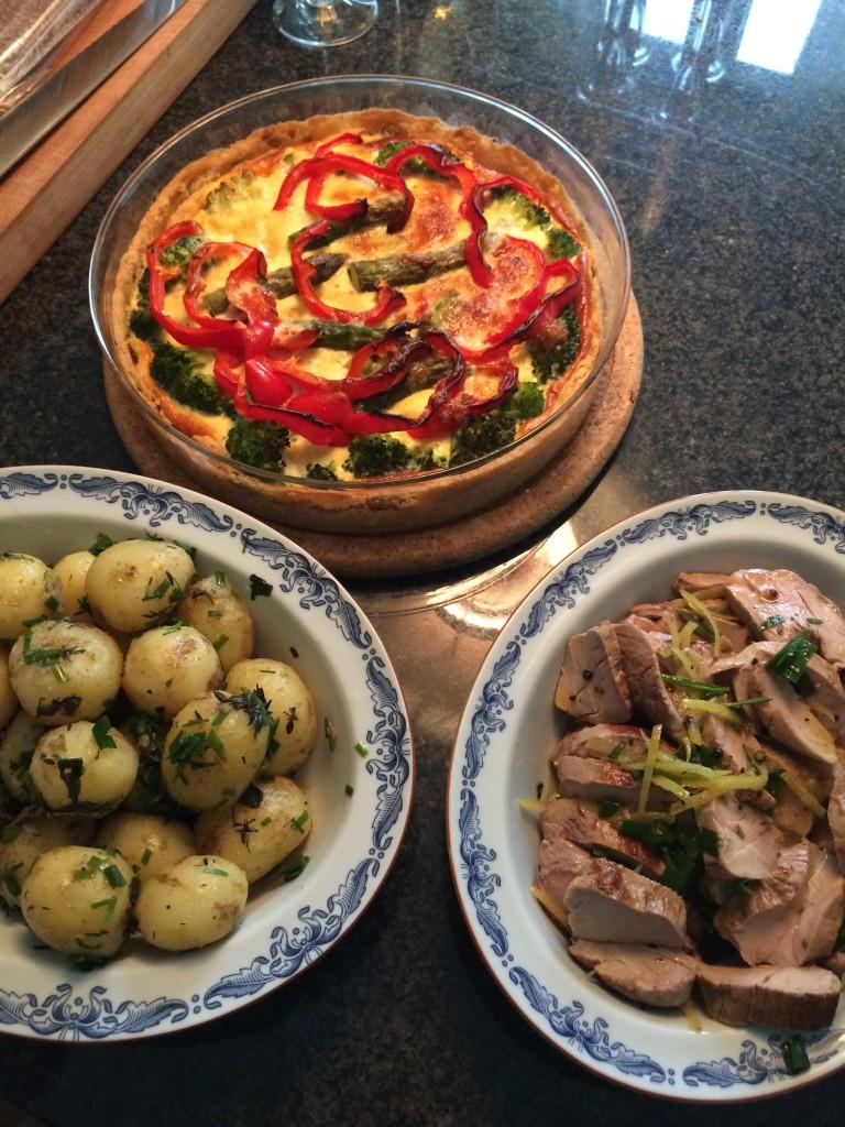 Dubbelmarinerad fläskfilé, vegetarisk paj och färskpotatis