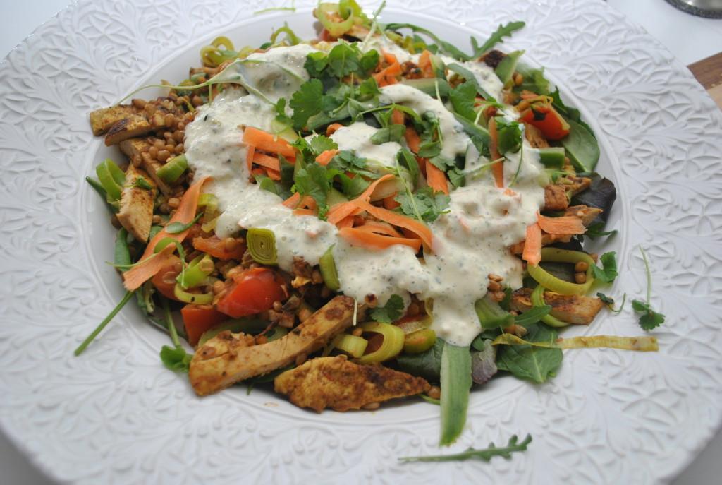 Indisk sallad med kyckling och linser