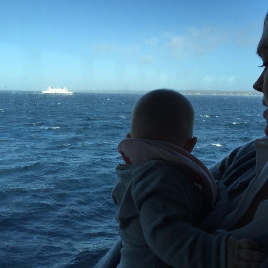 Jag och Linnea åker Helsingörfärjan