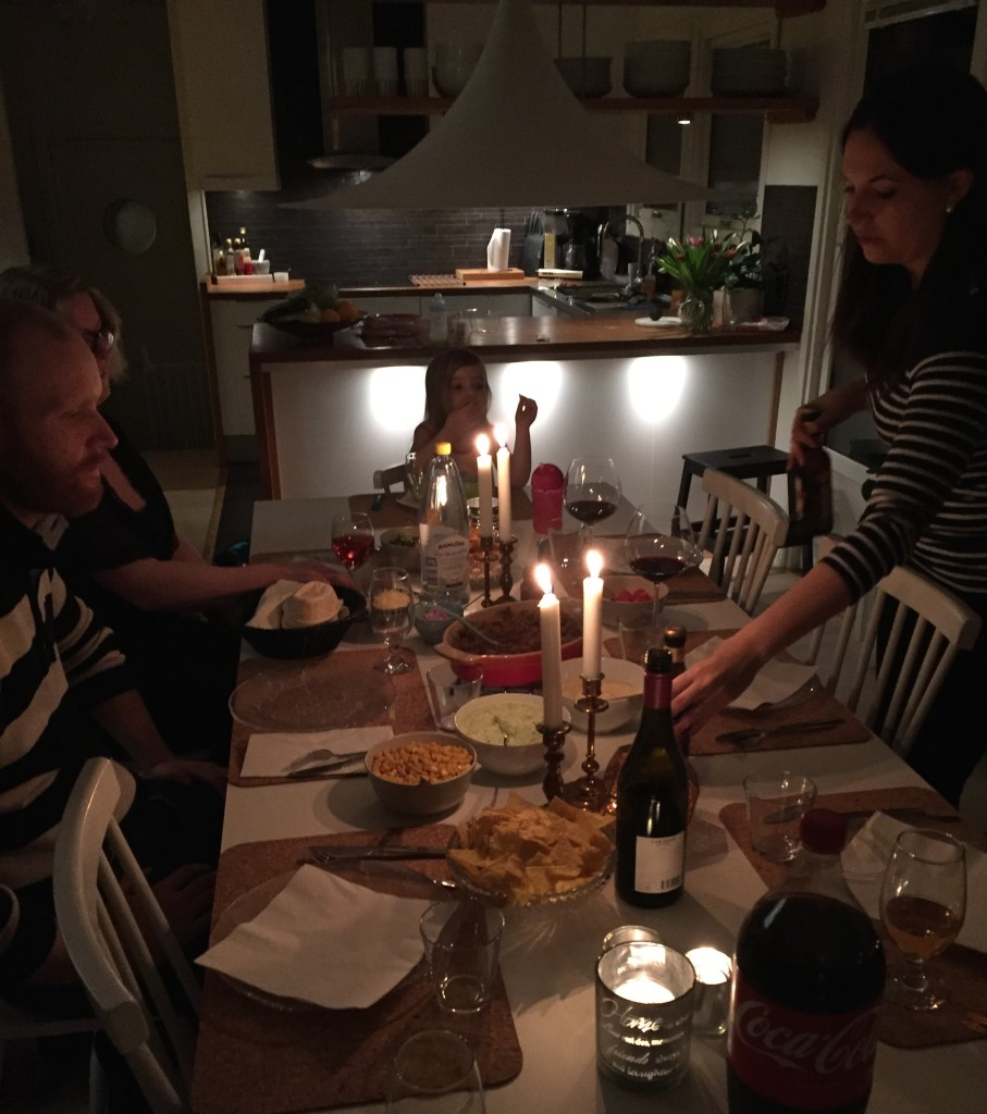 Mysig middag hos Ola och Helena