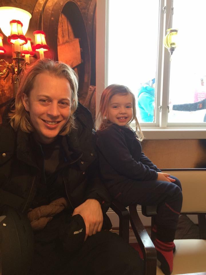 Krille och Maja After Skiar